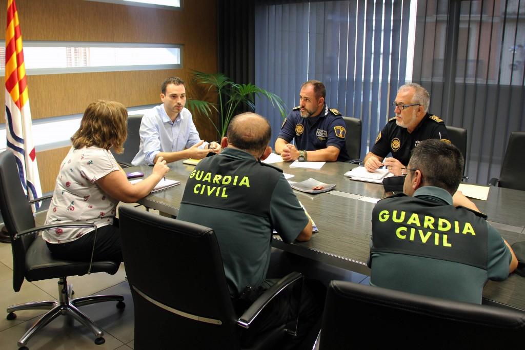 Reuniuón Ayuntamiento, Policía Local y Guardia Civil