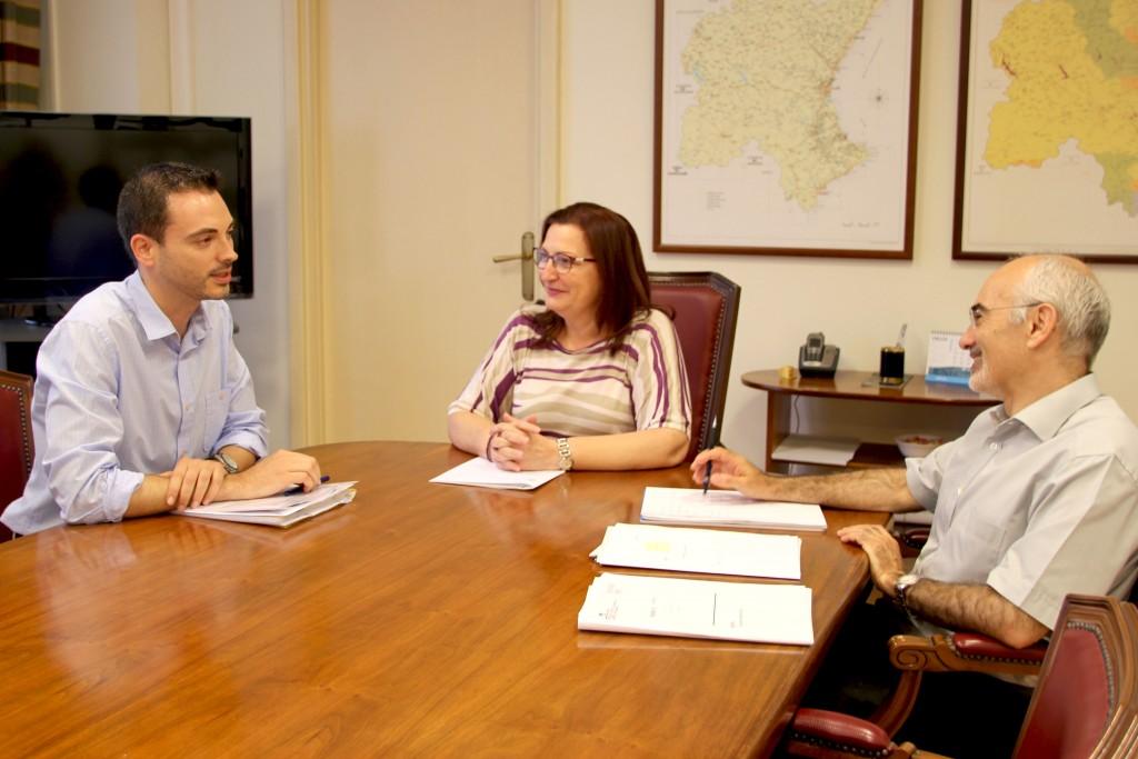 Reunión alcalde Onda Hugue con CHJt