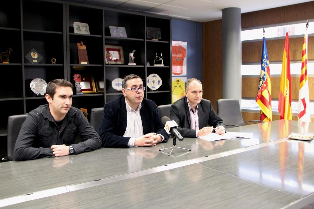 100316 RP Ángel Badenas Ayuntamiento Onda y Cámara Comercio sobre Estudio Necesidades de formación Comercio Local