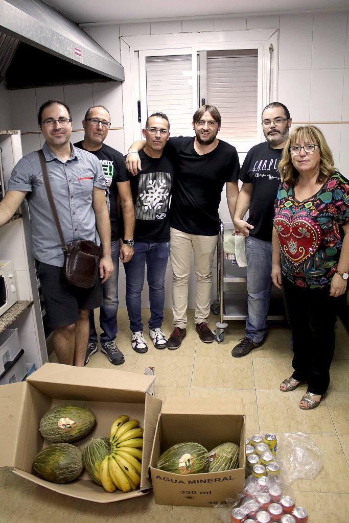 120916-donacion-alimentos-caminant-per-onda-ayuntamiento-onda